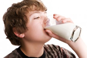boydrinking_milk